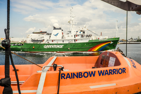 Raimbow-Warrior_1402 (1)